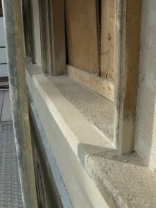 eine halbe neue Fensterbank