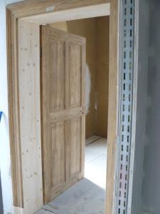 Aufgearbeitet Tür