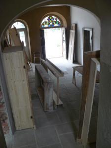 Aufgearbeitet Türen in der Warteschleife