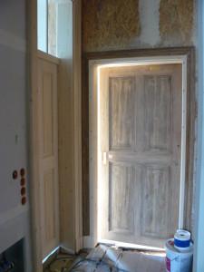 links die neue Tür